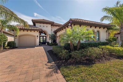 Photo of 7513 Lantana Cir, Naples, FL 34119