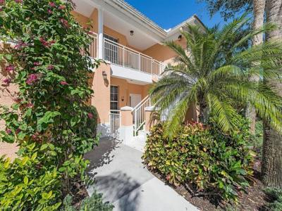 Photo of 2205 Chesterbrook Ct, Naples, FL 34109