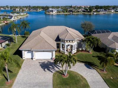 Photo of 1015 SE 3rd St, Cape Coral, FL 33990