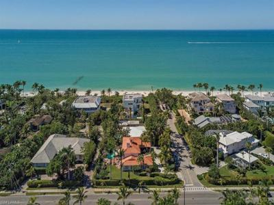 Photo of 86 2nd Ave S, Naples, FL 34102