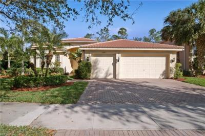 Photo of 2301 Guadelupe Dr, Naples, FL 34119