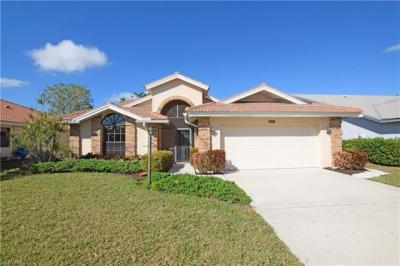 Photo of 565 Countryside Dr, Naples, FL 34104
