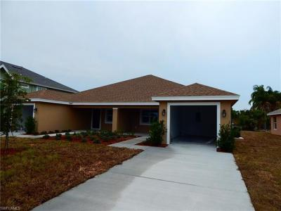Photo of 27720 Roslin Pl, Bonita Springs, FL 34135