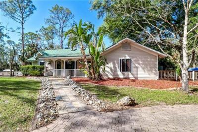 Photo of 561 20th Ave NW, Naples, Fl 34120