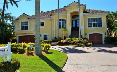 Photo of 576 14th Ave S, Naples, FL 34102