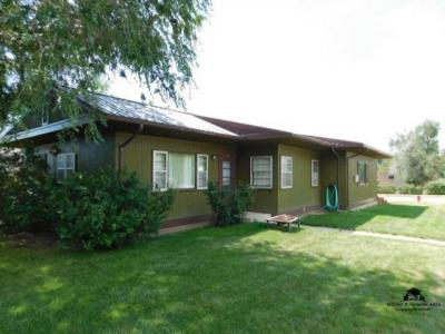 Photo of 101 S 6th, Hot Springs, SD 57747
