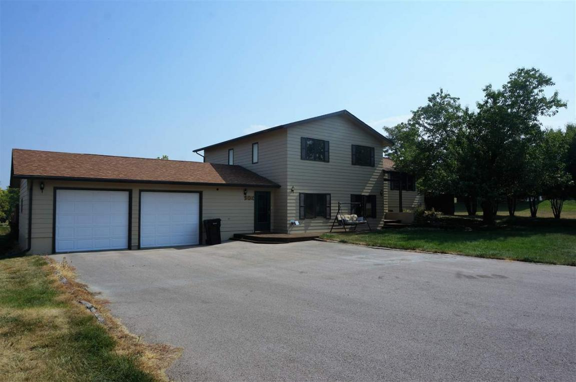 202 Cottonwood Drive, Spearfish, SD 57783