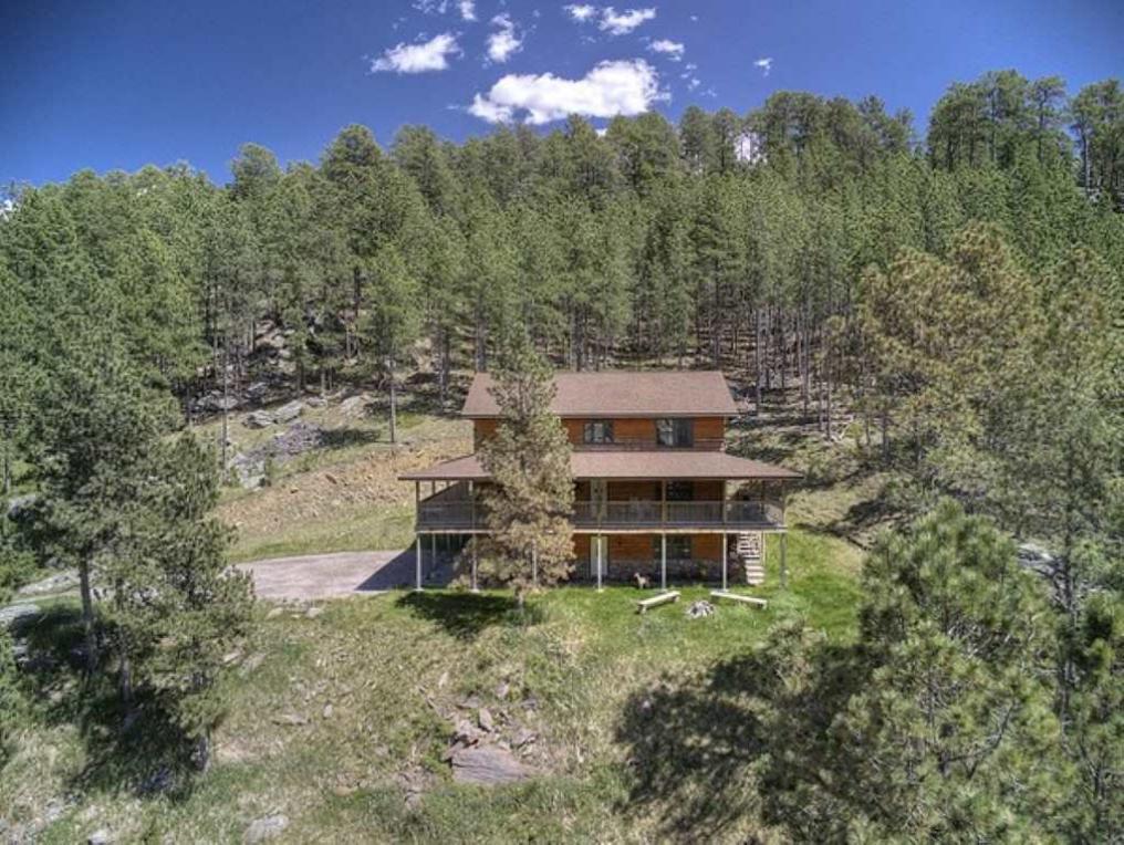 25054 Little Italy Rd., Custer, SD 57730