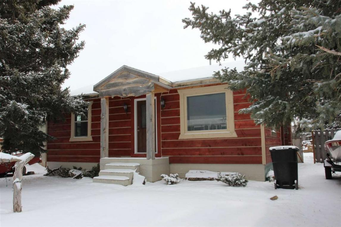 1146 Canal St., Custer, SD 57730