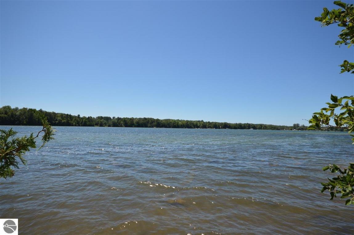 N Twin Pines Drive, Lake Leelanau, MI 49653