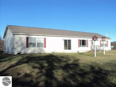 3560 W Trask Lake Road, Barton City, MI 48705
