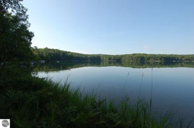 Photo of 600 Strawberry Lake Drive, Leroy, MI 49655