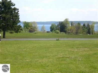 5128 S Shore View Circle, Suttons Bay, MI 49682