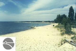 542 S Golden Beach Drive, Kewadin, MI 49648