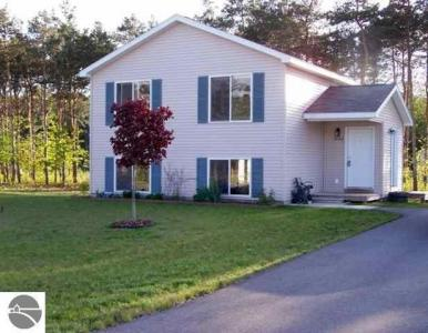 3060 Crimson Ranch Lane, Traverse City, MI 49685