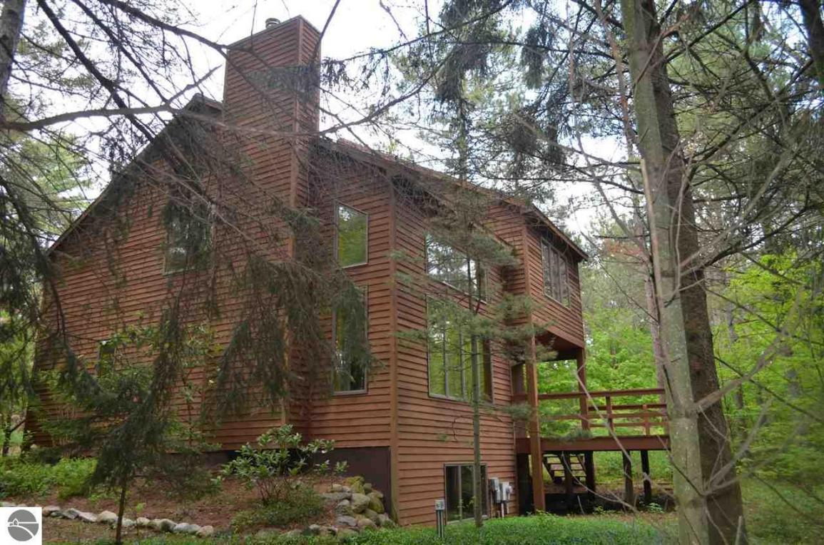 east northport black singles Home for sale at 82 elberta dr, east northport, ny 11731 place a bid, view photos and more on this 4 bed(s), 2 bath(s), 1,530 sq ft single family property.