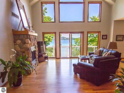 Photo of 501 Sunkissed Drive 501 Sunkissed Drive, Beulah, MI 49617