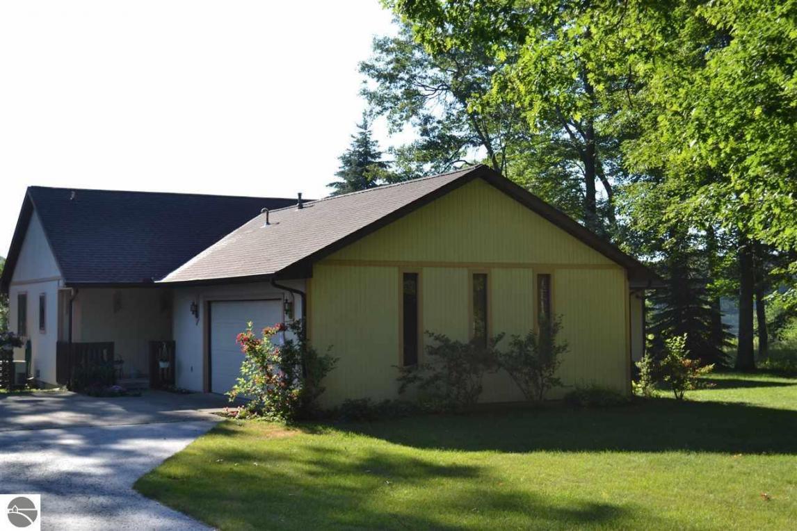 7086 E Cedar Lake Road, Oscoda, MI 48750