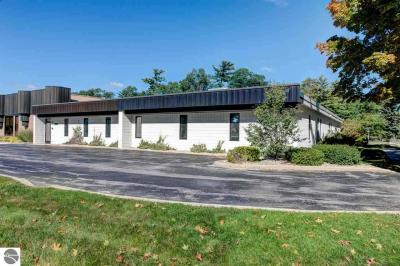 Photo of 1235 E Front Street, Traverse City, MI 49686