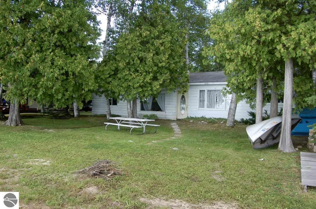 14315 Birch Pointe Drive, Kewadin, MI 49648