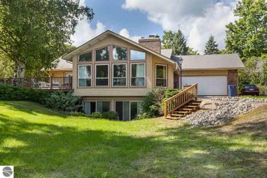 9965 Center Road, Traverse City, MI 49686