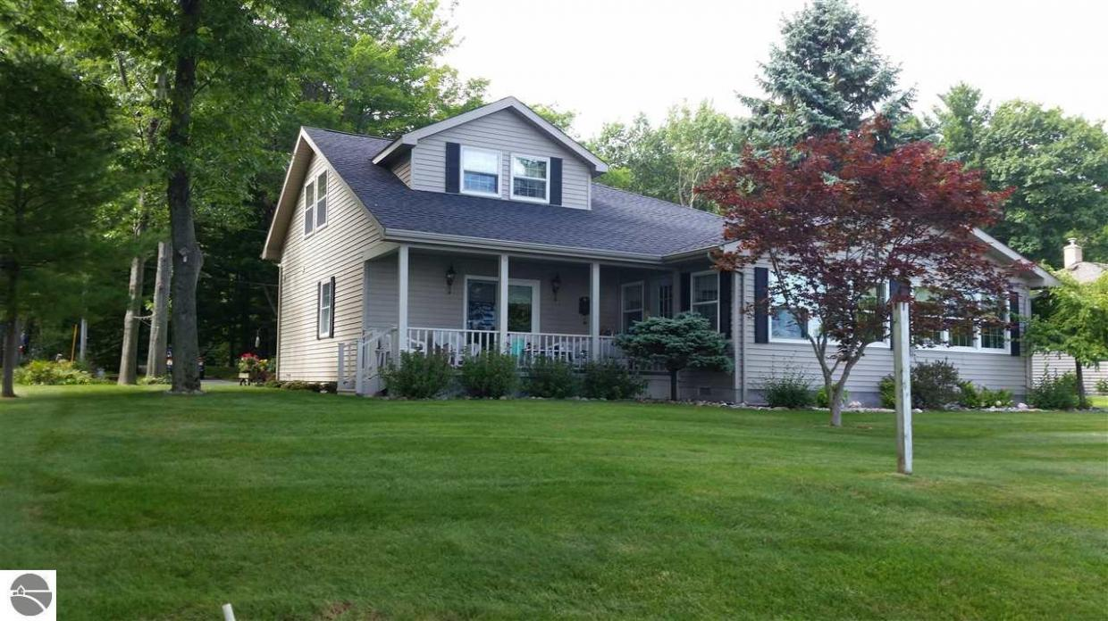 east tawas single men Single family homes for sale in east tawas, mi last 105 days on market find your dream home at realtorcom® before it's gone.
