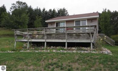6040 E Lavassar Road, Lake Leelanau, MI 49653