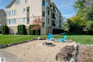 712 N Dockside Circle #G~2, Suttons Bay, MI 49682
