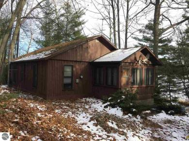 4500 Lakeview Trail, Traverse City, MI 49696