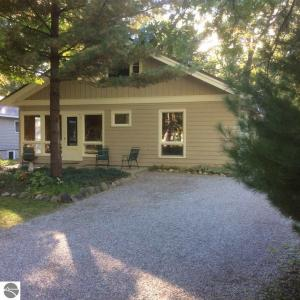 630 Steele Street, Traverse City, MI 49686