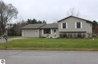 1169 Valley Drive, Traverse City, MI 49685