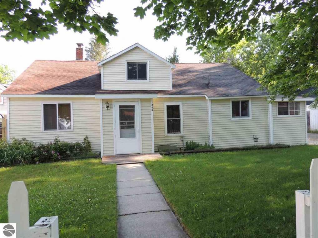 1006 Bruce Street, Mt Pleasant, MI 48858