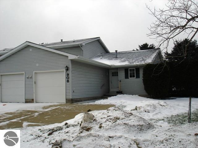 908 S Crapo Street, Mt Pleasant, MI 48858