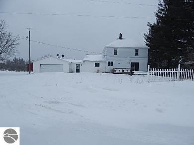 4647 N Vandermeulen Road, Lake City, MI 49651