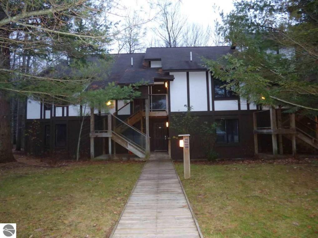 6495 Deer Path #107, Bellaire, MI 49615