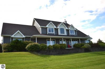 Photo of 6226 Plum Drive, Williamsburg, MI 49690