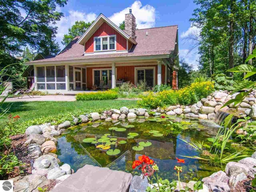 11105 North Country Trail #5, Thompsonville, MI 49683