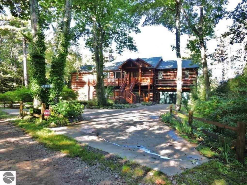 3091 Forest Beach Trail, Kewadin, MI 49648