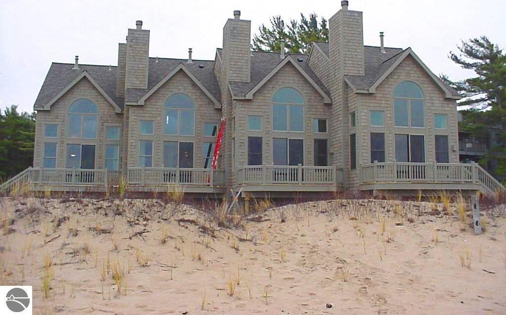 2E Shoreside The Homestead, Glen Arbor, MI 49636
