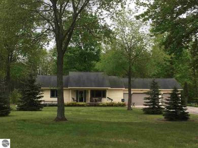 1535 Thomas Road Sw, Kalkaska, MI 49646