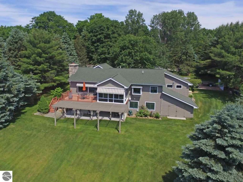 8472 SE Torch Lake Drive, Alden, MI 49612