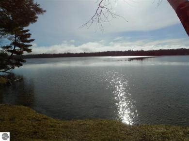 10890 Cedar Hedge Trail, Interlochen, MI 49643