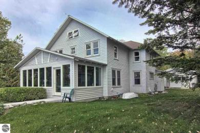 312 N Northcott Northport Point, Northport, MI 49670