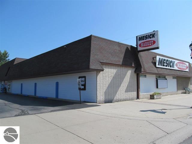 118 W Mesick Avenue M-115, Mesick, MI 49668