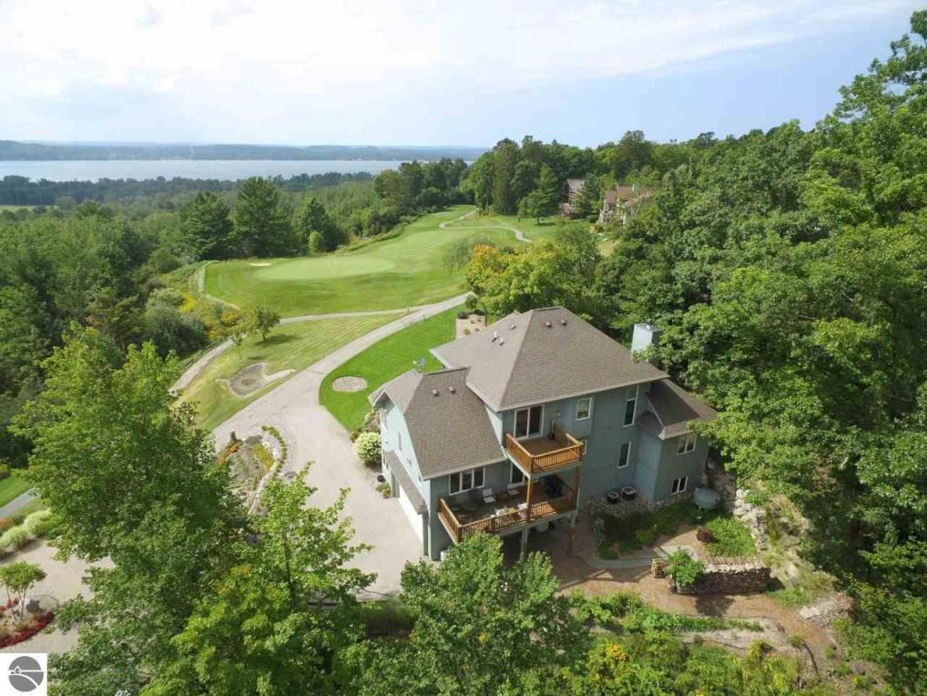 5975 Founders Ridge, Bellaire, MI 49615