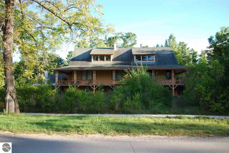 705 Ottawa Street, Elk Rapids, MI 49629