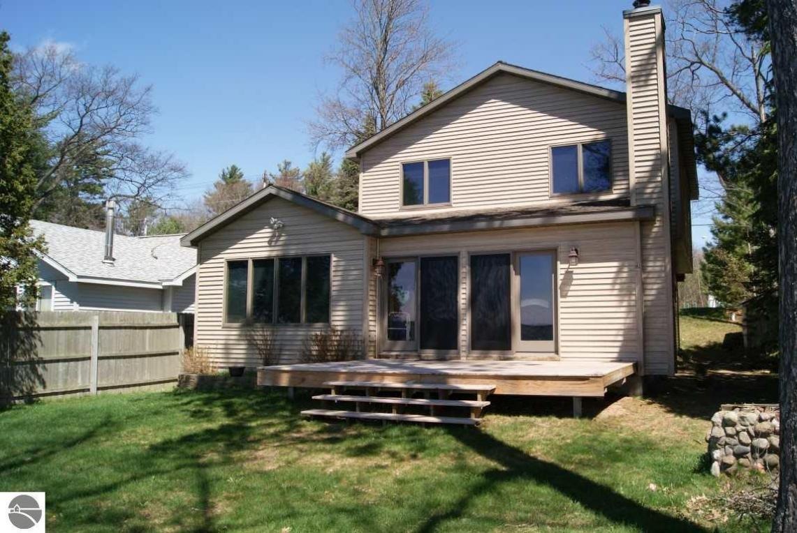elk rapids big and beautiful singles Book your next vacation at beautiful & charming condo downtown elk rapids a must stay view photos, rates, amenities and more on rentalhomescom your one stop shop for your ideal holiday accommodation.