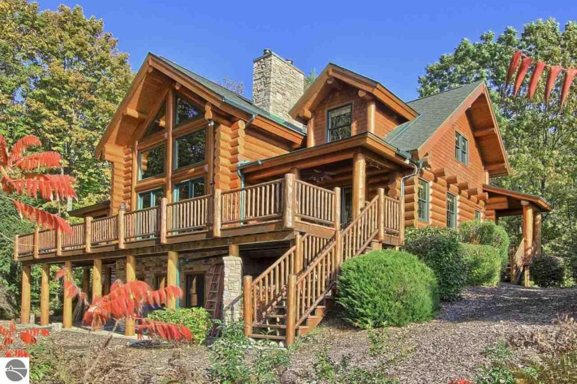 6004 Spyglass Hill Court, Bellaire, MI 49615