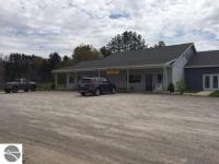 9899 Honor Highway, Honor, MI 49640