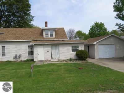 Photo of 8119 Maple, Central Lake, MI 49622